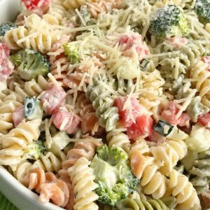 Le moose's home-made pasta salad